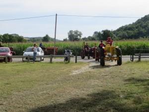 28 tracteurs en balade